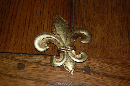 The many faces of the Louisiana Fleur-de-Lis